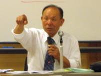 岩崎義郎氏